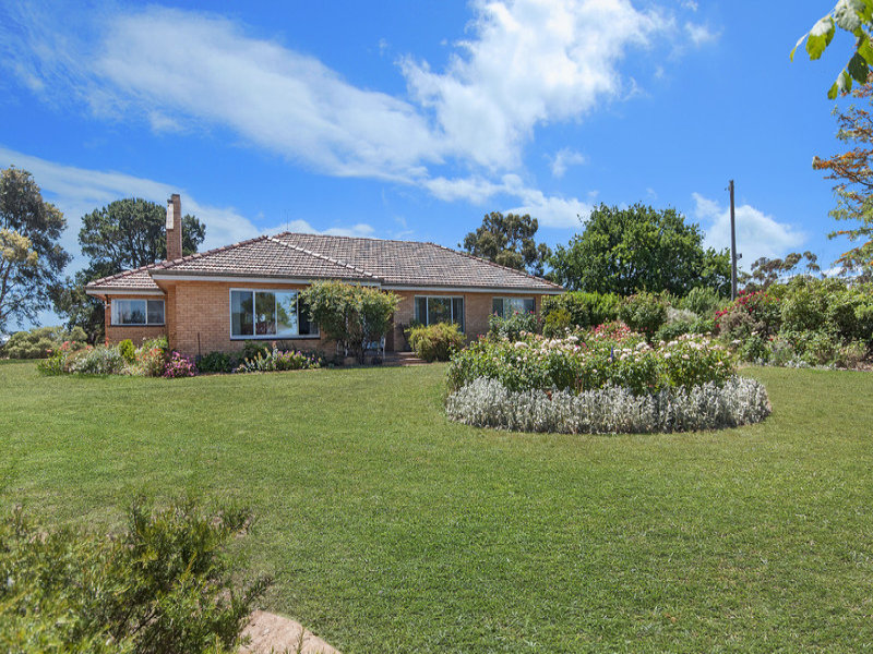 8242 Glenelg Highway, Warrayure, Vic 3301