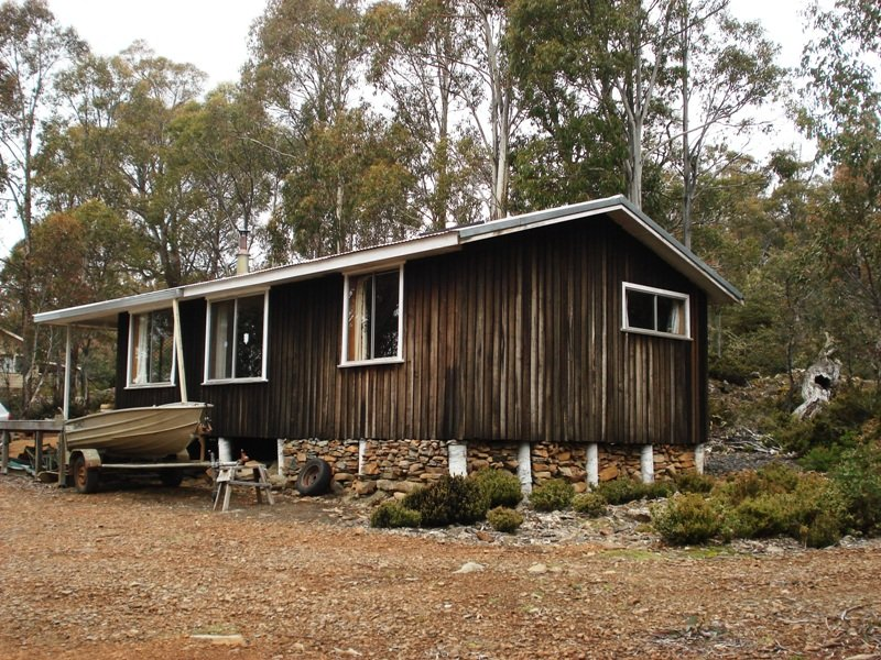 4 Arthurs Lake Road,  Morass Bay, Morass Bay, Tas 7030