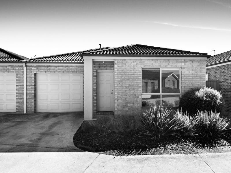 2 Malcolm Court, Brown Hill, Vic 3350