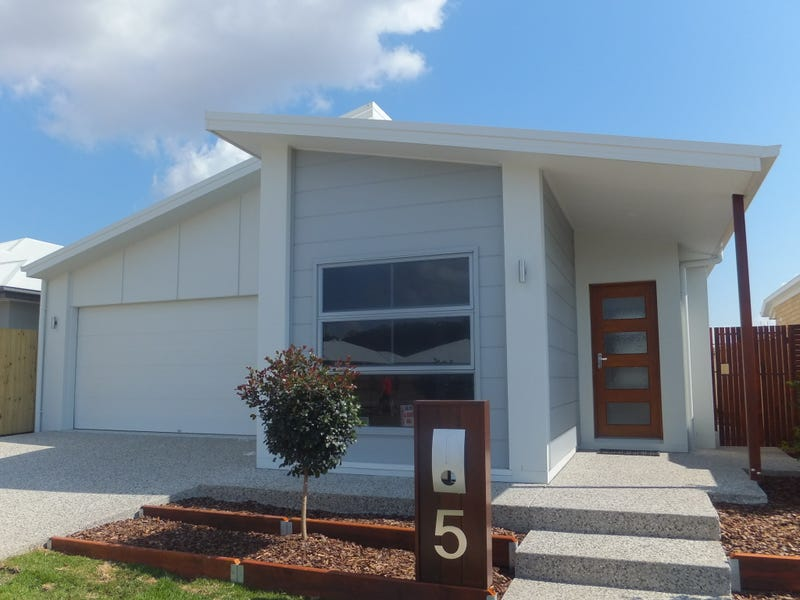 5 Stone Crescent - Aura, Caloundra West, Qld 4551