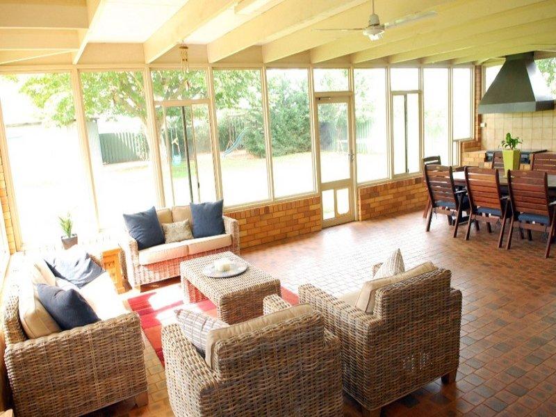 2547 McCarthy Road, Lake Wyangan, NSW 2680