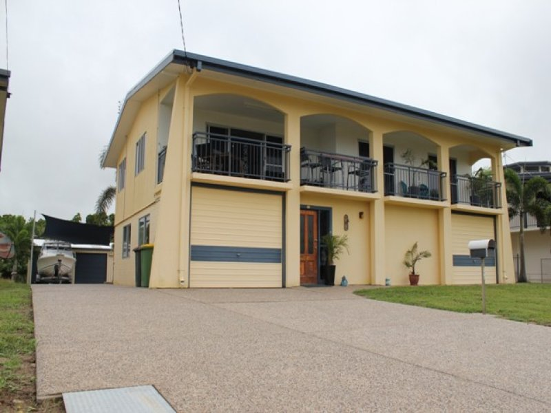 172 Patterson Pde, Lucinda, Qld 4850