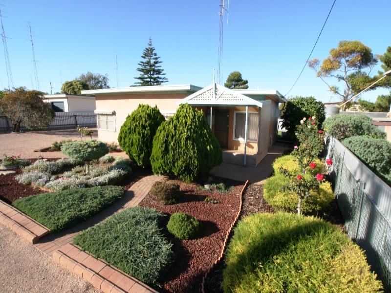 12 Herbert Street, Moonta Bay, SA 5558