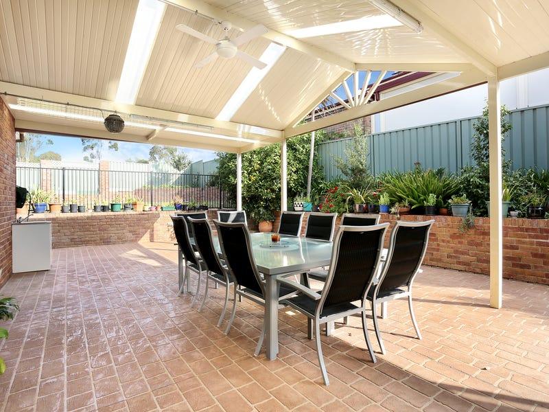 1 Armytage  Place, Glen Alpine, NSW 2560