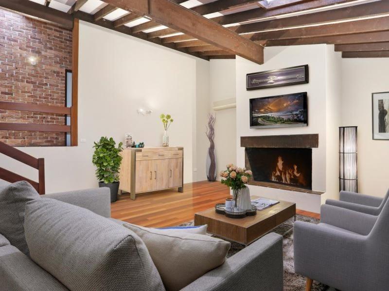 11 Warragamba Crescent, Leumeah, NSW 2560