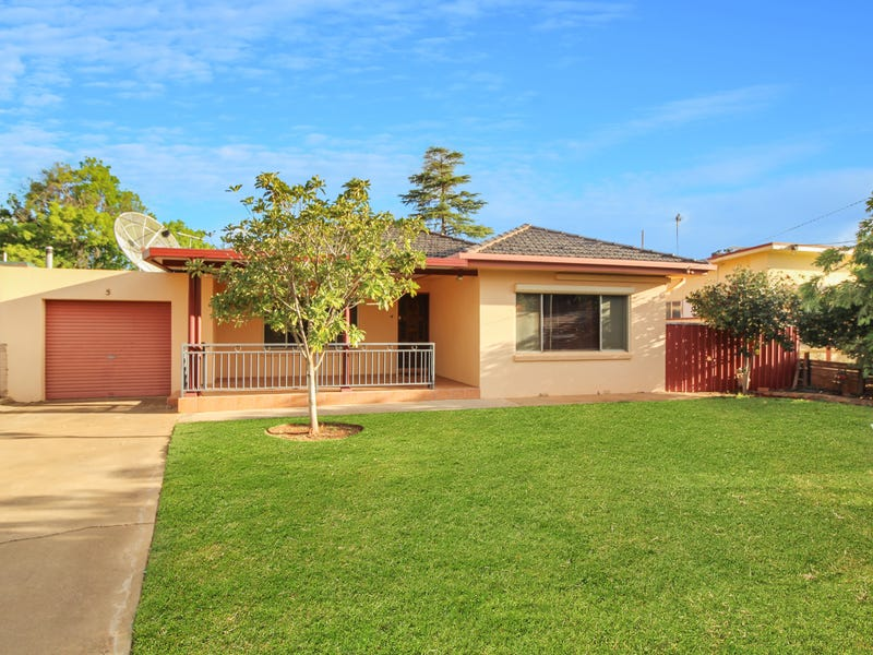 5 McInnes Street, Griffith, NSW 2680