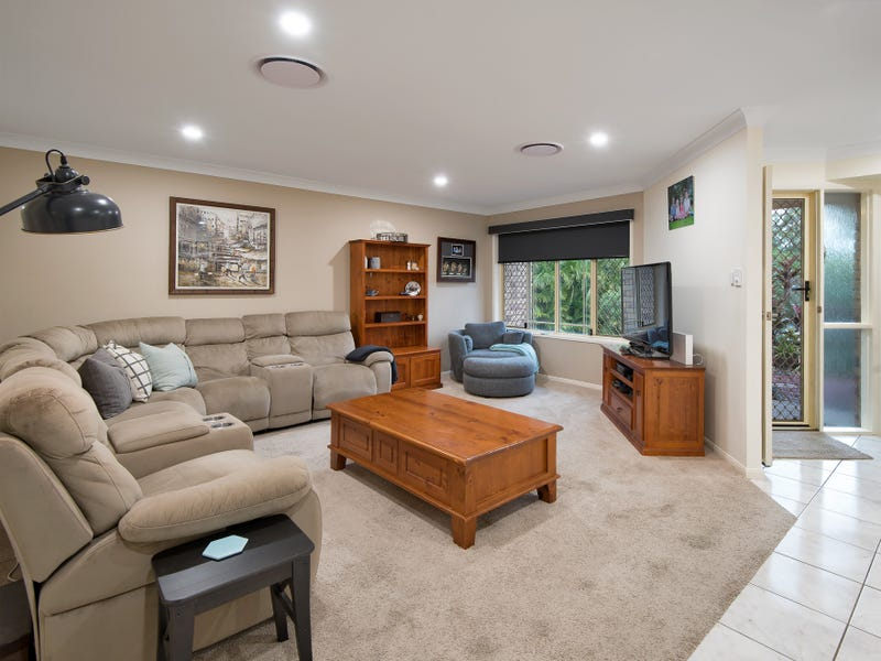 7 Lakeview Court, Joyner, Qld 4500