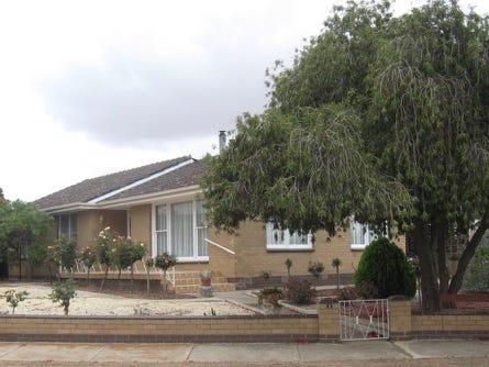 2 Anderson Ave, Berriwillock, Vic 3531