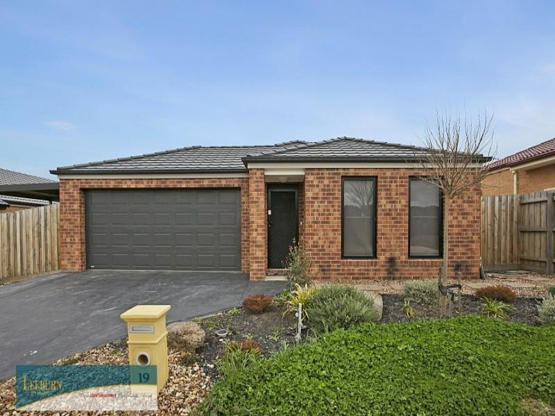 19 Retreat Crescent, Sunbury, Vic 3429