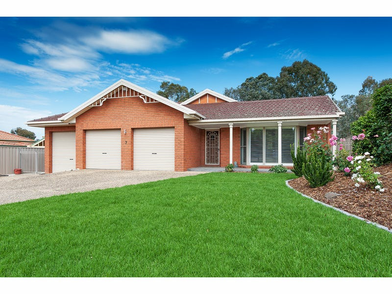 7 Johnston Road, West Albury, NSW 2640
