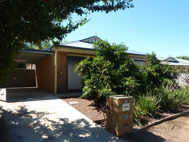 1/7 Webster Street, Eaglehawk North, Vic 3556