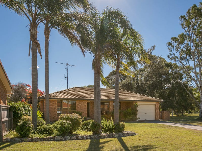 3 & 3b Supply Avenue, Forster, NSW 2428