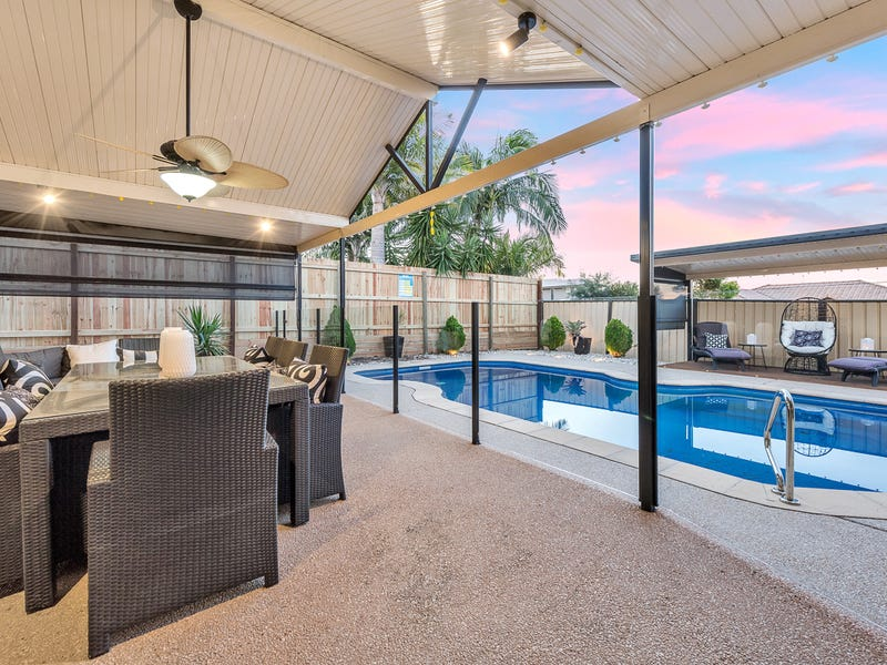 11 Anglia Place Little Mountain Qld 4551