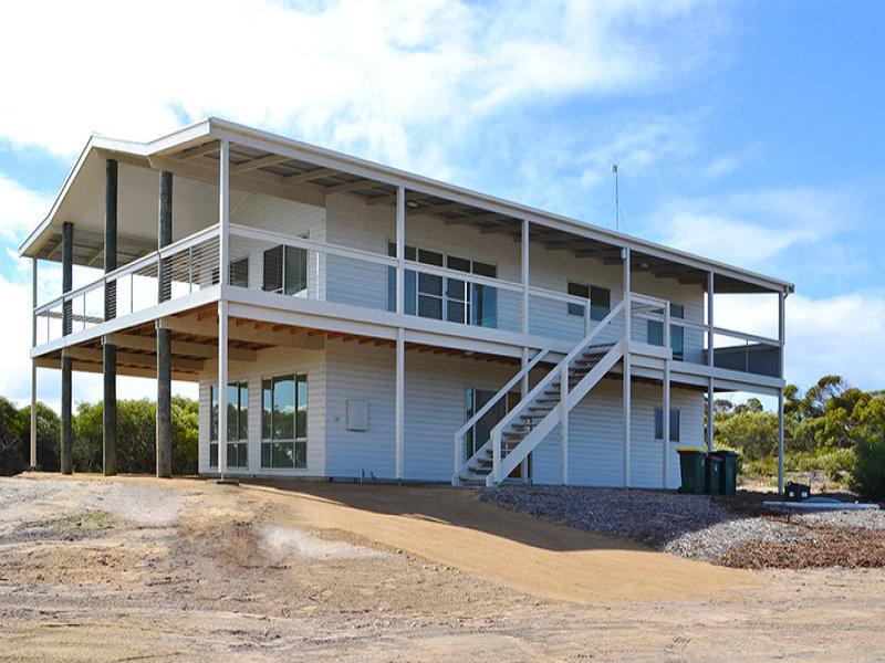 12 Eucalyptus Court, Marion Bay, SA 5575