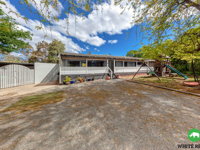 9 Sharland Place, Holder, ACT 2611