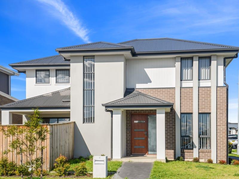 7 Pearwood Street, Catherine Field, NSW 2557