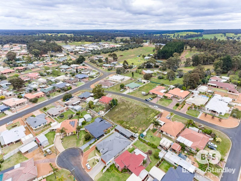 3 Hargreaves Street, Collie, WA 6225