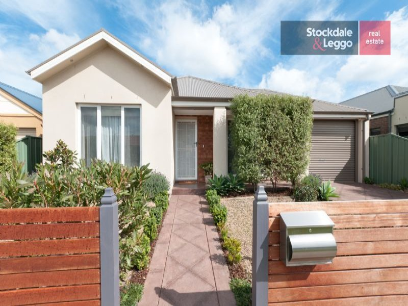 27 Swinburne Close, Craigieburn, Vic 3064