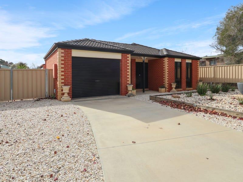 12 Symes Street, Kangaroo Flat, Vic 3555