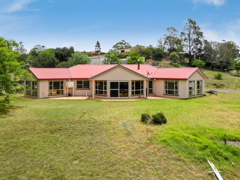 8A Junction Drive, Gowrie Junction, Qld 4352