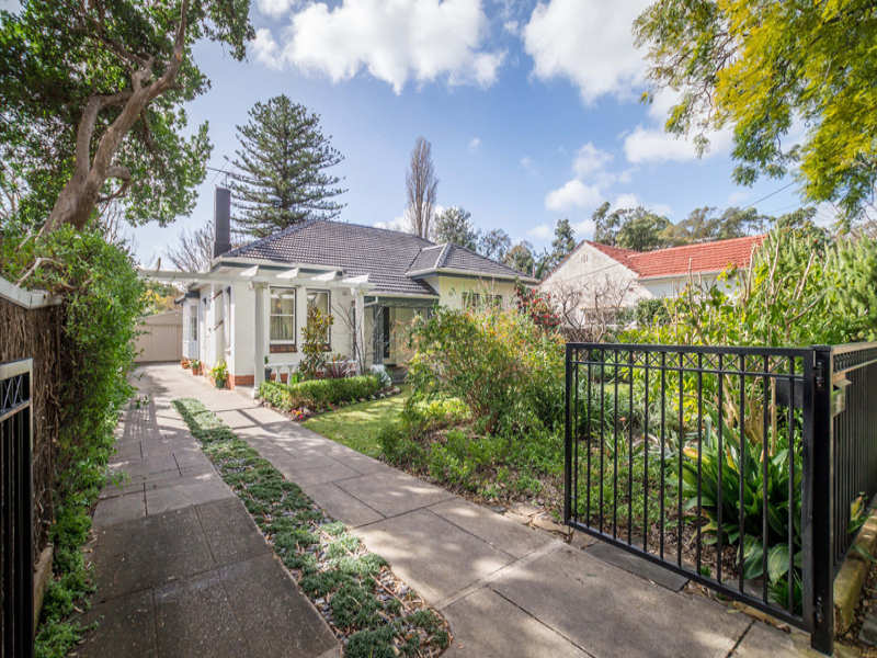 14 Leonard Terrace, Torrens Park, SA 5062