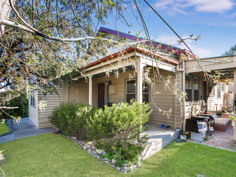 41 Jackson Street, Long Gully, Vic 3550