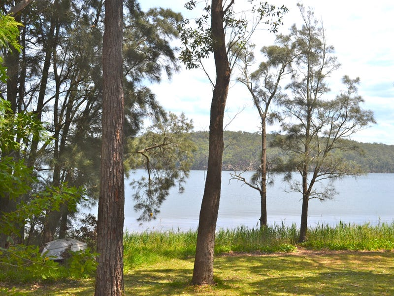 10 Kings Point Drive, Kings Point, NSW 2539