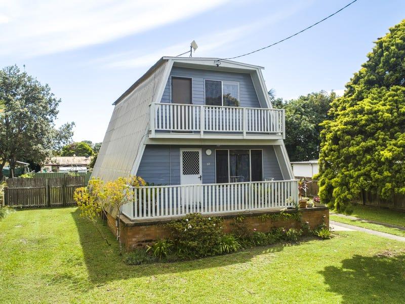 10 Eleventh Avenue, Stuarts Point, NSW 2441