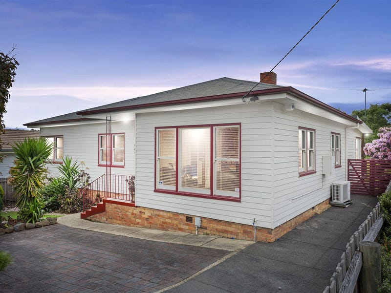 17 Warwick Place, Kings Meadows, Tas 7249