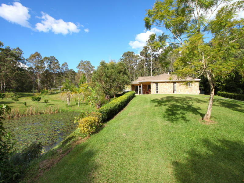 18 Belliss Road, Mount Nathan, Qld 4211