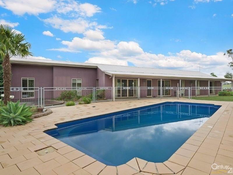 33 Days Road, South Maroota, NSW 2756