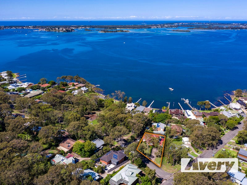 398 Skye Point Road, Coal Point, NSW 2283