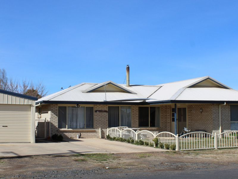 23 Railway Street, Glen Innes, NSW 2370