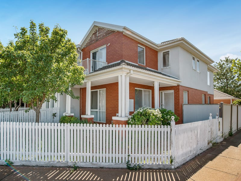 57 St Georges Avenue, Caroline Springs, Vic 3023