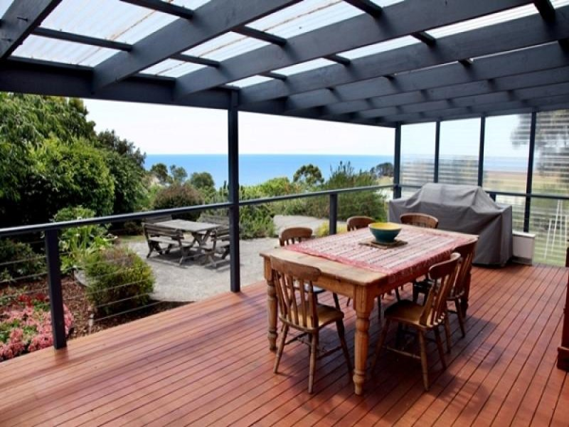 16 Sisters Beach Road, Boat Harbour, Tas 7321