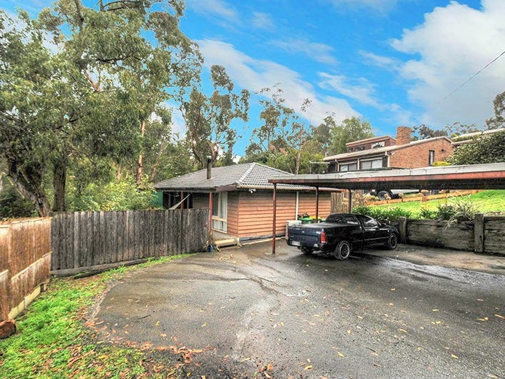 3 Tarhilla Drive, Launching Place, Vic 3139
