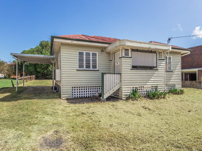 33 SOUTH STATION ROAD, Booval, Qld 4304