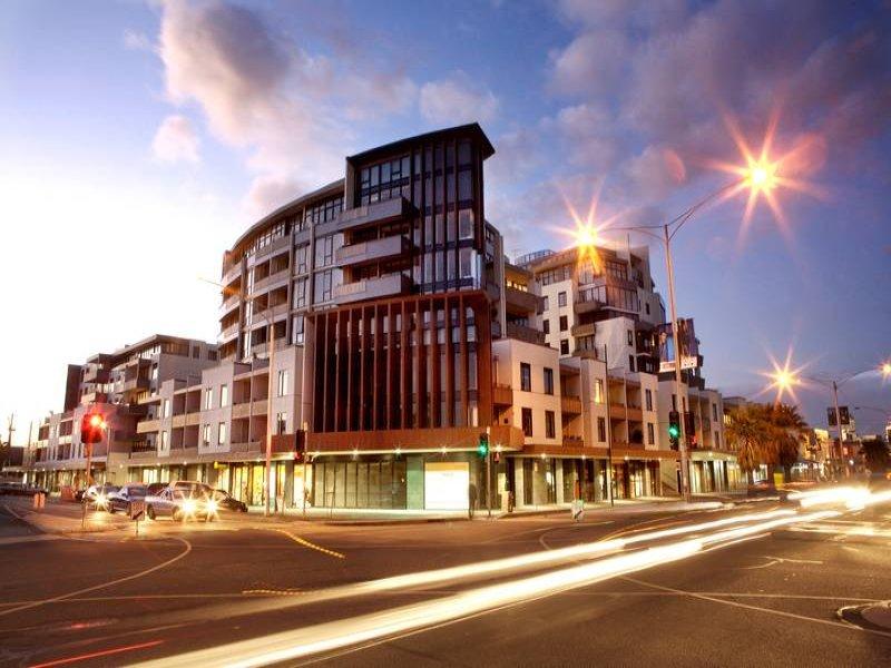 B602,55 Bay, Port Melbourne, Vic 3207