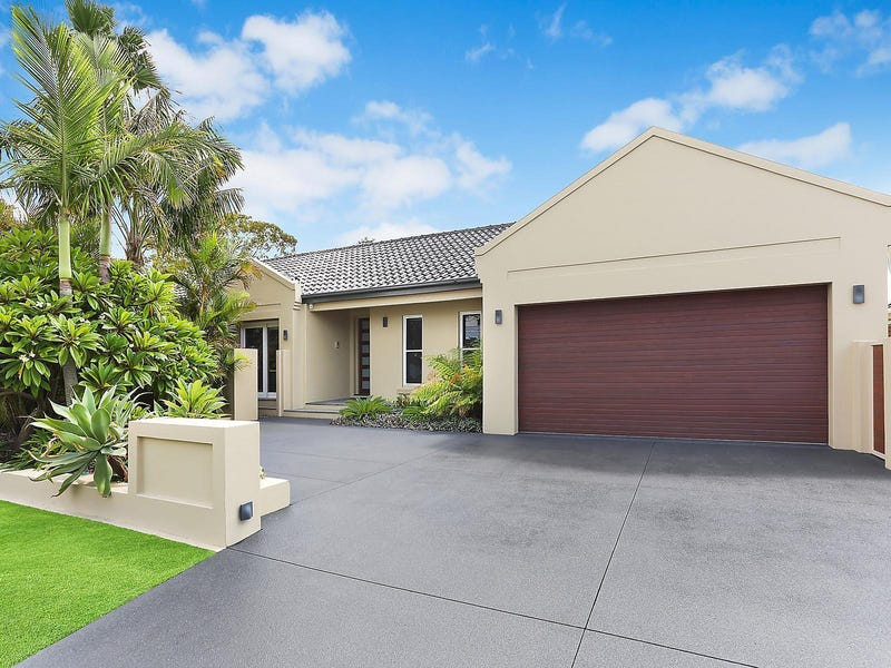 11 Castlereagh Crescent, Sylvania Waters, NSW 2224