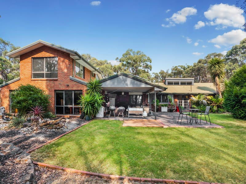 30 Walgood Grove, Macedon, Vic 3440