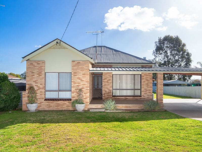 116 East Street, Cartwrights Hill, NSW 2650