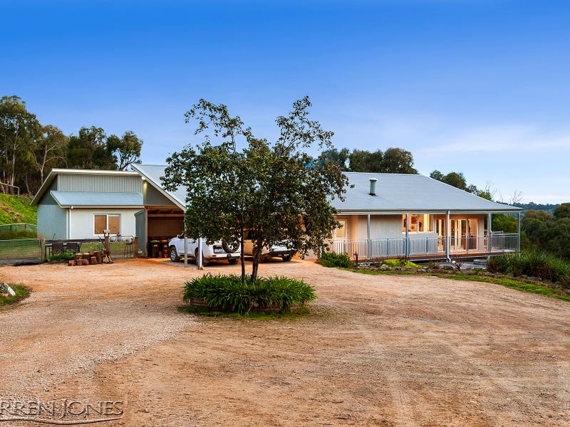 120 Rifle Range Road, St Andrews, Vic 3761