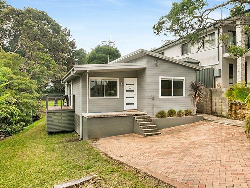 2 Rosebery Street, Heathcote, NSW 2233