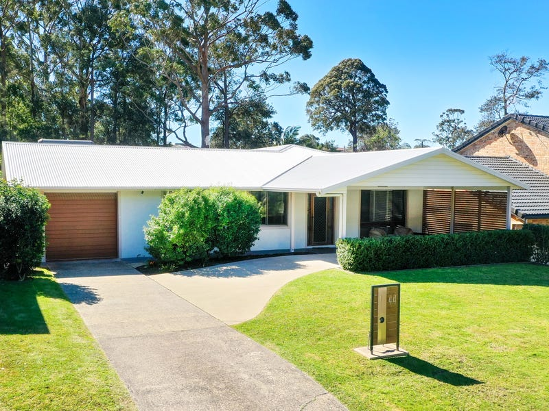 44 Clyde Street, Mollymook, NSW 2539