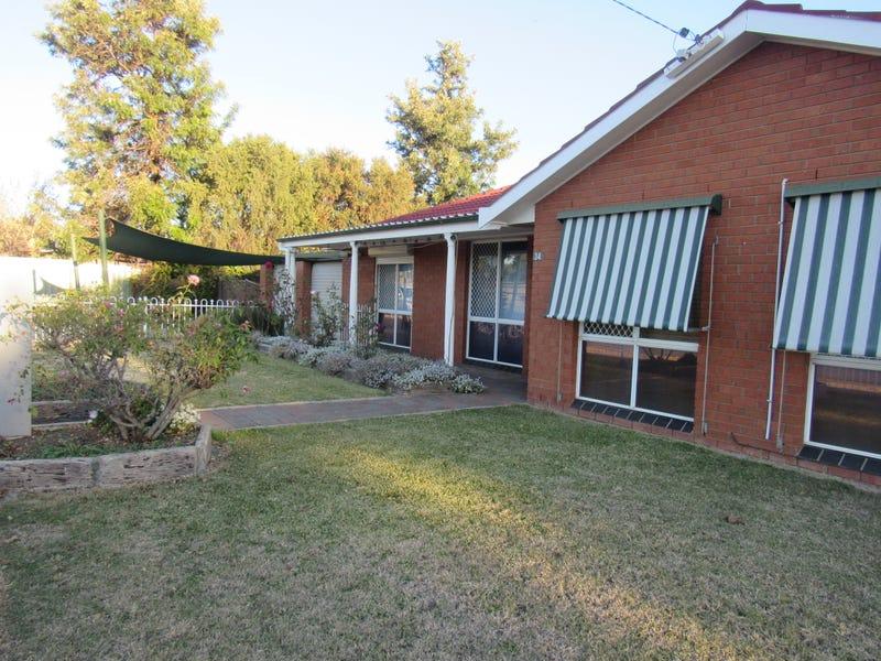 34 Macgregor Street, West Tamworth, NSW 2340