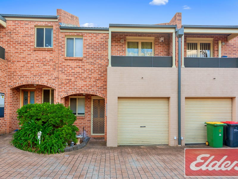 4/7 Bringelly Road, Kingswood, NSW 2747