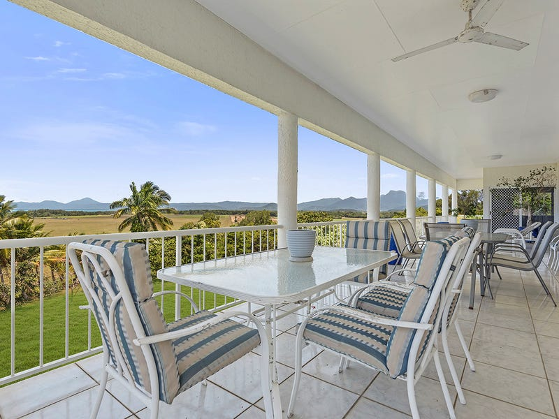 3 Seaview Court, Rocky Point, Qld 4873