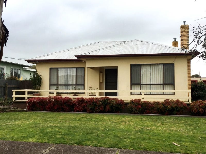 10 Smith Street, Cobden, Vic 3266