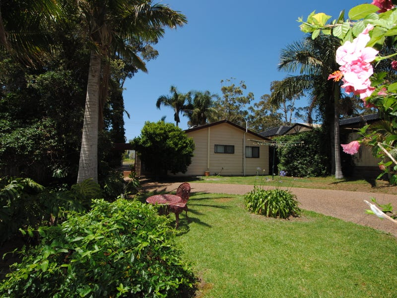 13 Tibbles Avenue, Old Erowal Bay, NSW 2540