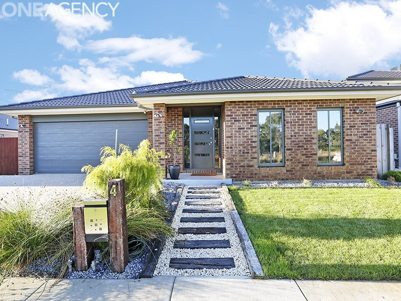 4 Whitecliff Way, Armstrong Creek, Vic 3217